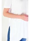 Белая футболка для девушки с боковым разрезом длинная