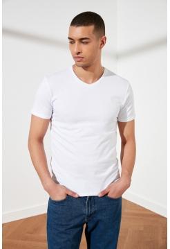 Мужская футболка белого цвета из хлопка