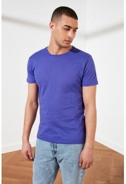 Футболка для мужчины фиолетового цвета с коротким рукавом