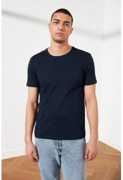 Темно-синяя мужская футболка из хлопка