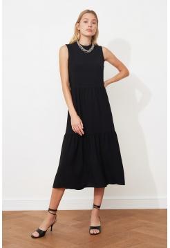 Черное женское миди платье без рукавов с круглым воротником