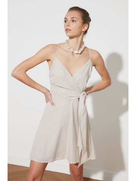 Женское платье из хлопка без рукавов с поясом и молнией сзади