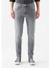 Мужские джинсы серого цвета Mavi James