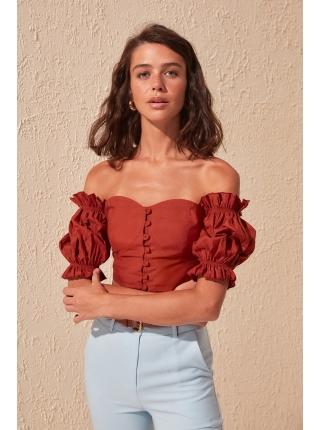 Karmen yaxalı portağal rəngli düyməli Trendyolmilla qadın bluzu