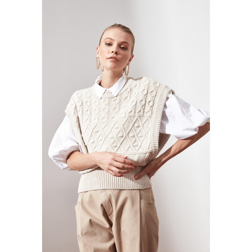 Toxumlu Trendyolmilla qadın üçün geniş qollu ağ bluz