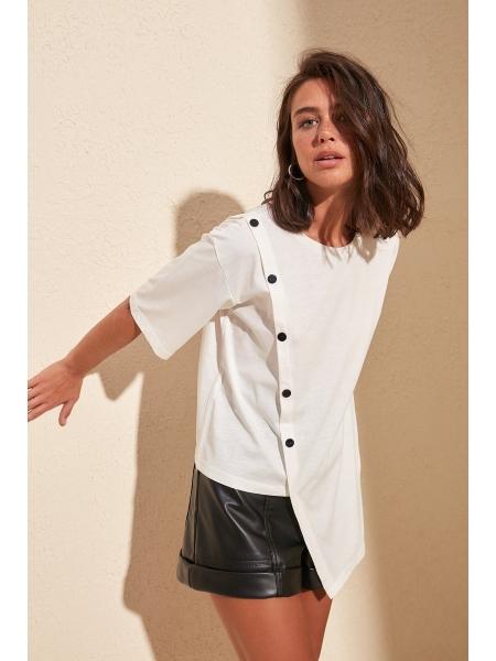 Qısa qollu düyməli təmiz pambıqdan ağ qadın bluzu