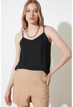 Женская блузка Trendyolmilla черного цвета на подвесках